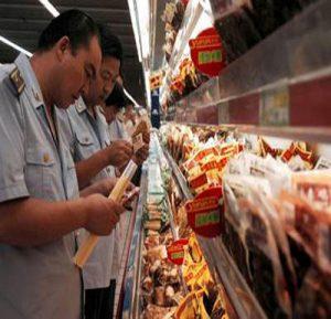 Kiểm tra đột xuất nhiều cơ sở chế biến thực phẩm
