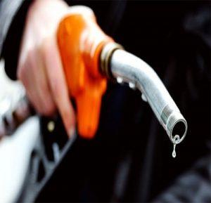 Tăng cường ngăn chặn và đẩy lùi nạn buôn lậu, gian lận trong kinh doanh xăng dầu